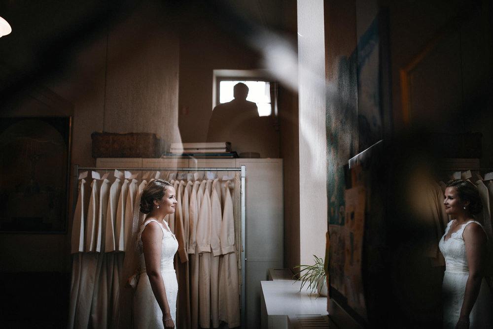 manilla-martin-kirkko-wedding-photographer-jere-satamo-213-web.jpg