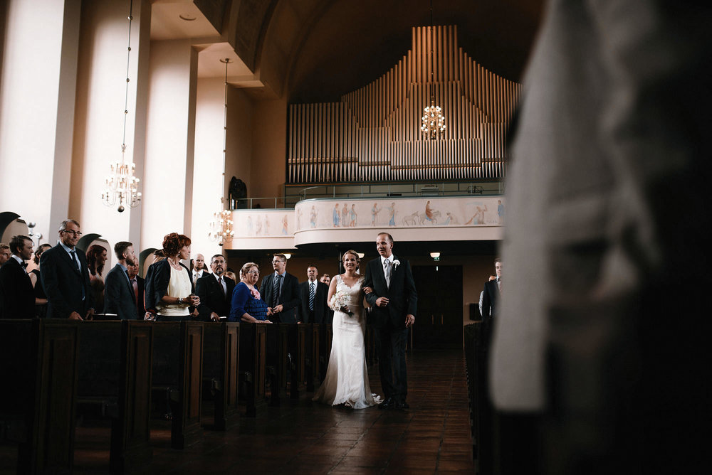 manilla-martin-kirkko-wedding-photographer-jere-satamo-229-web.jpg