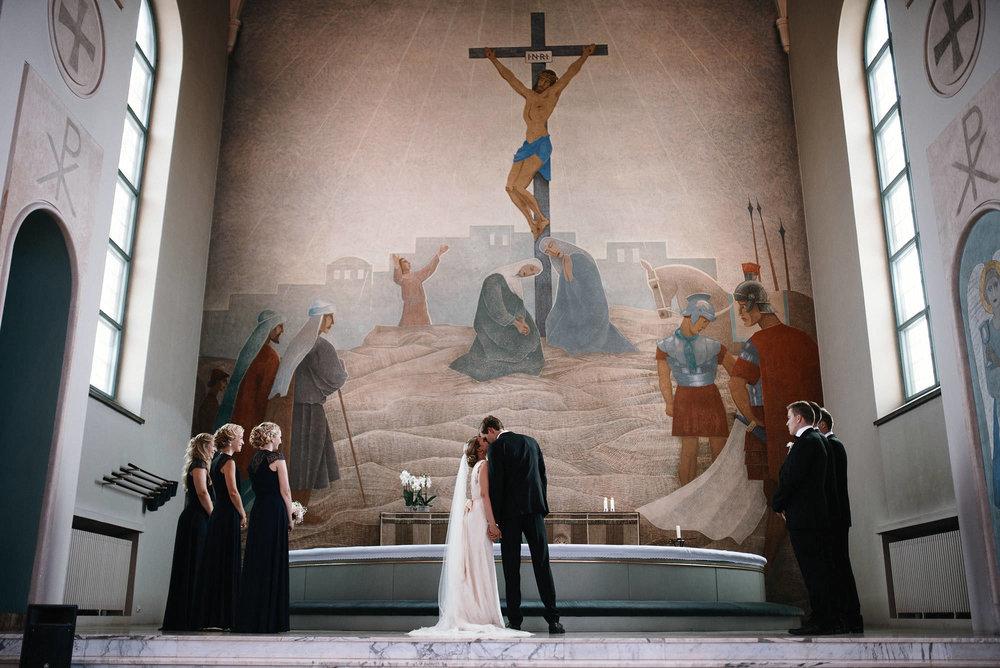manilla-martin-kirkko-wedding-photographer-jere-satamo-270-web.jpg
