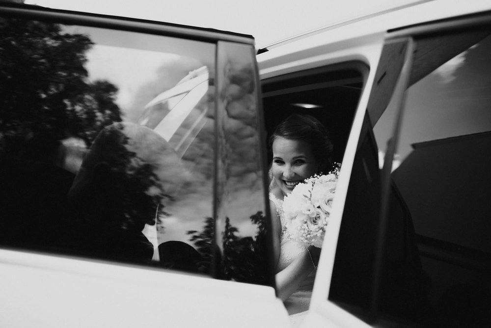manilla-martin-kirkko-wedding-photographer-jere-satamo-310-web.jpg
