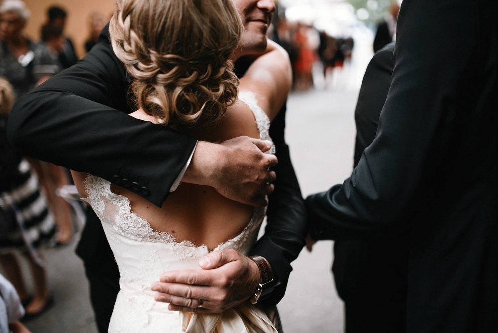 manilla-martin-kirkko-wedding-photographer-jere-satamo-350-web.jpg