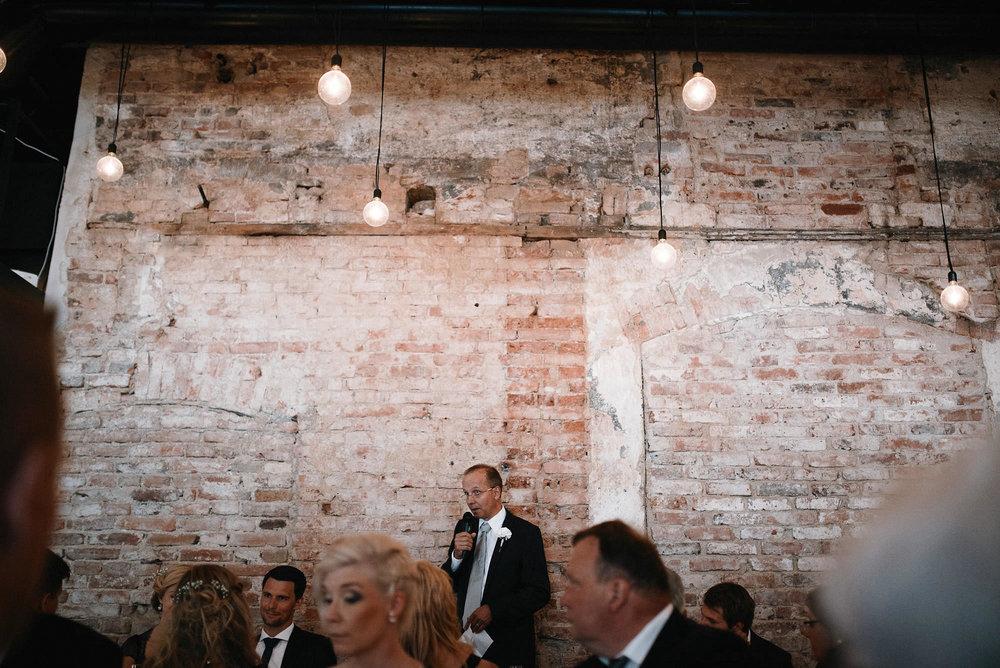 manilla-martin-kirkko-wedding-photographer-jere-satamo-472-web.jpg