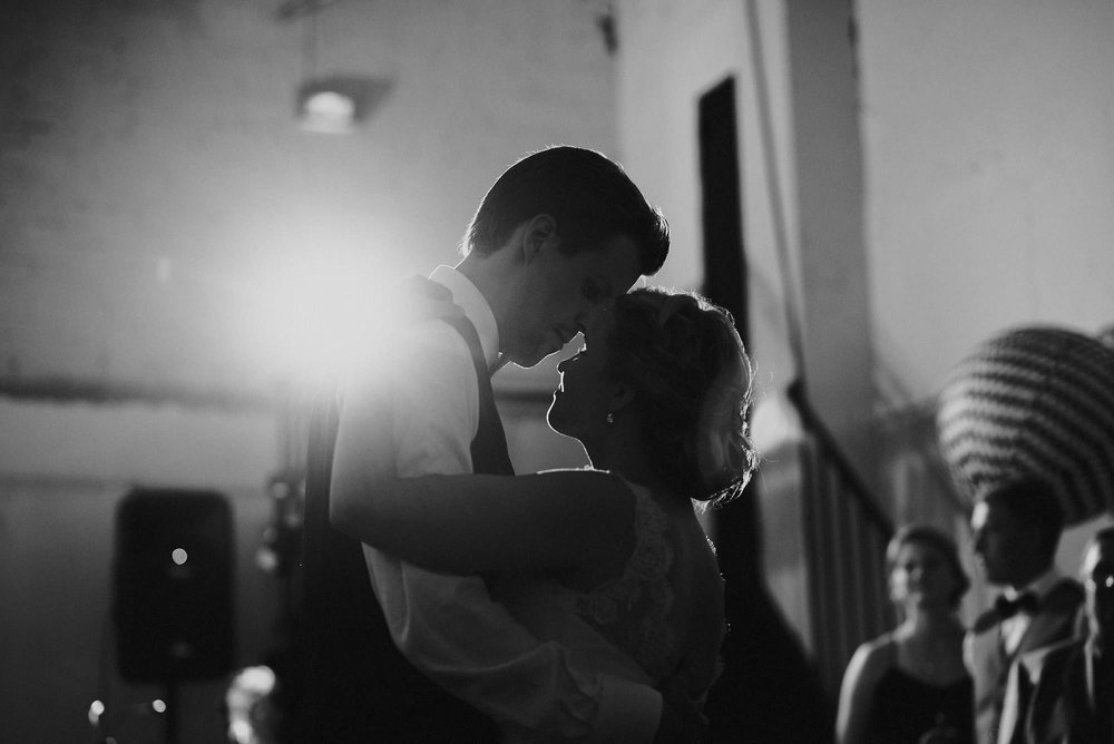 manilla-martin-kirkko-wedding-photographer-jere-satamo-608-web.jpg
