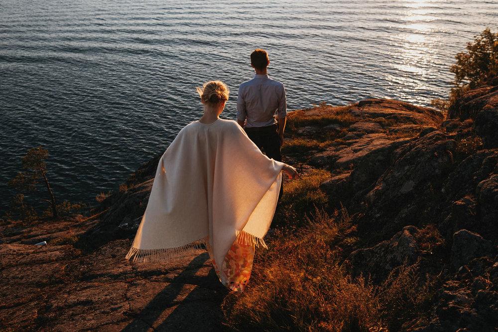 kihlakuvaus-naantali_valokuvaaja-helsinki-pariskuntakuvaus-jere-satamo-027-blog.jpg