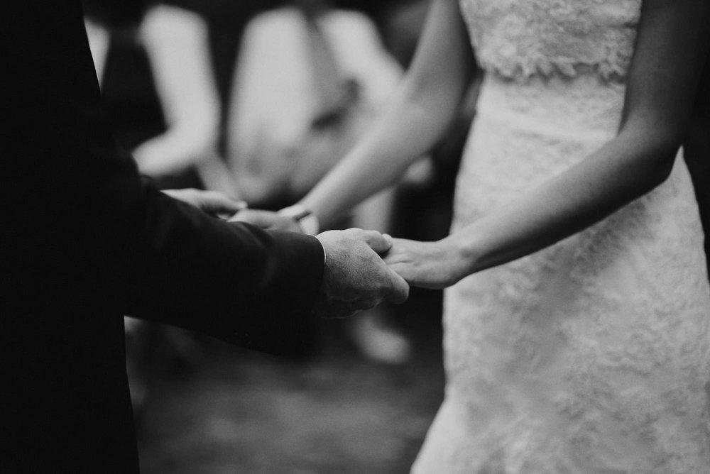 honkapirtti-haat_wedding-photographer-helsinki-turku_jere-satamo-048.jpg