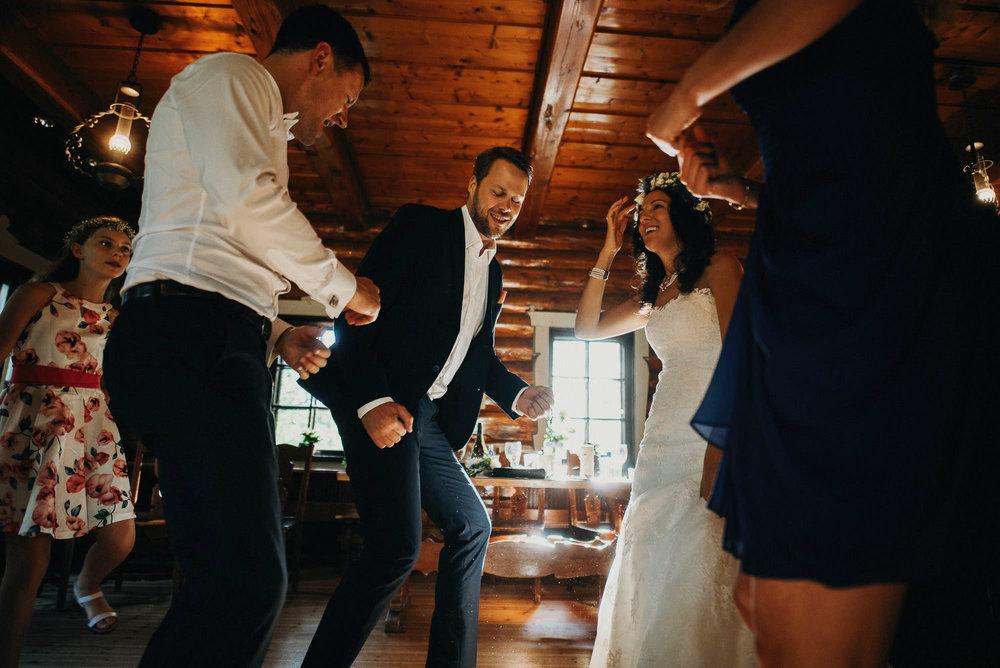 honkapirtti-haat_wedding-photographer-helsinki-turku_jere-satamo-063.jpg