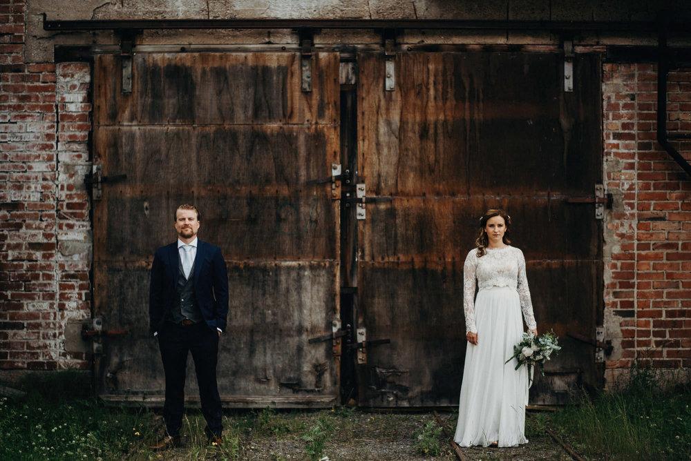 veistamo-haat-jere_satamo-ruissalo-weddings-025.jpg