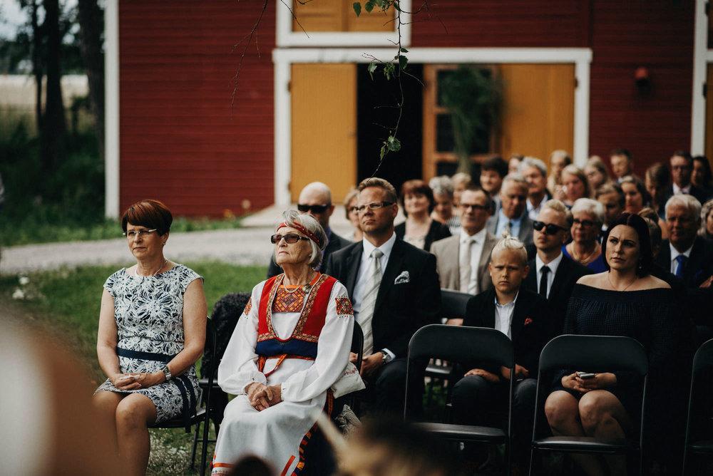veistamo-haat-jere_satamo-ruissalo-weddings-044.jpg