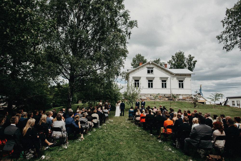 veistamo-haat-jere_satamo-ruissalo-weddings-043.jpg