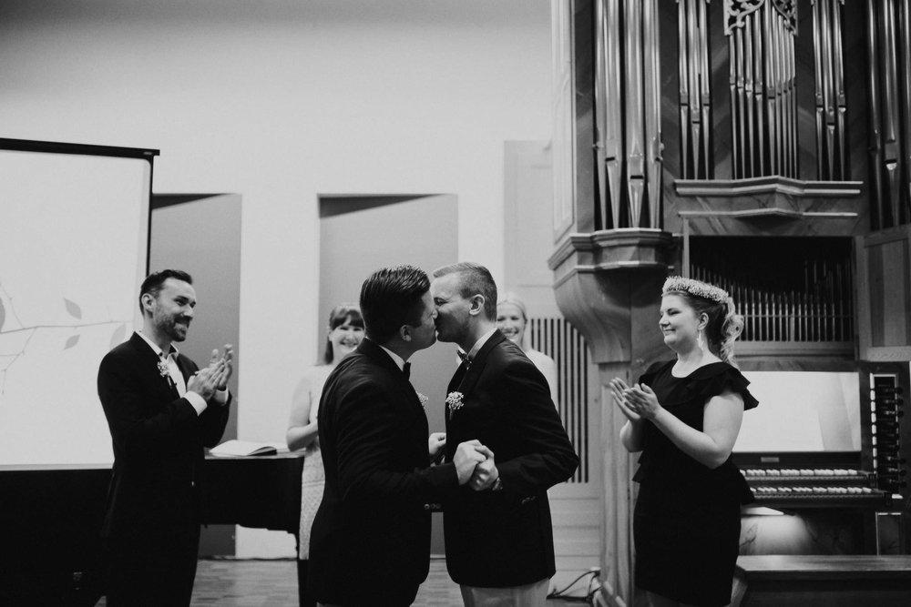 jere-satamo-ruissalo-haat-samesex-wedding-valokuvaaja-turku-017web.jpg