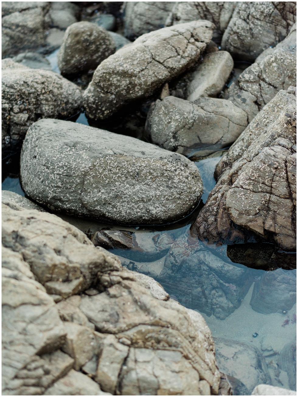 crescent-bay-laguna-engagement_0017.jpg