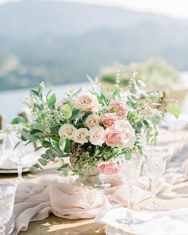 Meriel & Mark's wedding at the always stunning @Malibu rockyoaks is featured on @stylemepretty with @theelegantninja_berlanti @poppydesignco ⠀ ⠀ ⠀ #maliburockyoaks #maliburockyoakswedding  #malibuwedding #etherandsmith #fineartweddings #noblepresets #weddinginspo #weddingideas #weddingdetails #fineartcuration #stylemepretty #fuji400h #nikon #destinationanniversary #destinationelopement #losangelesweddingphotographer #laweddingphotographer #orangecountyphotographer #socalweddingphotographer #sandiegoweddingphotographer #malibuweddingphotographer