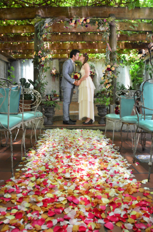 Brooklyn Garden Wedding in Williamsburg at Acqua Santa, by Jessica Schmitt Photography and Jove Meyer Events