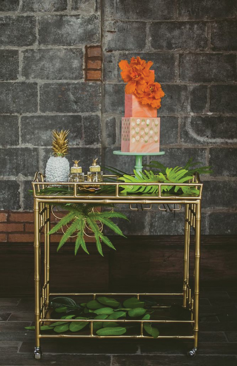hipster_weddingtrends-retro_tropical-styledweddingshoot-industrial_venue-26bridgebrooklyn-ambergress-hushedcommotion-custombridalaccessories-veganglutenfreecakes-laelcakes-summerentertainingideas-18.jpg