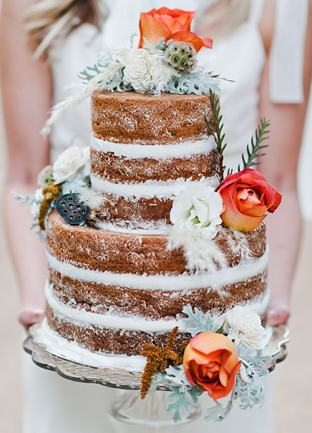 015-naked-cakes-autumn-weddings-fall-southboundbride.jpg