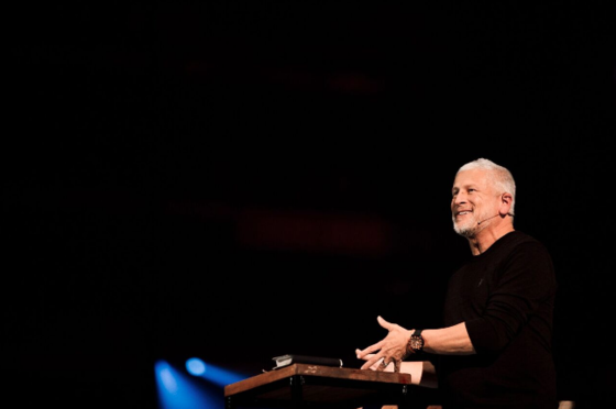 Passion Founder Louie Giglio speaks at Passion 2017. Photo Credit: Mary Caroline Russell
