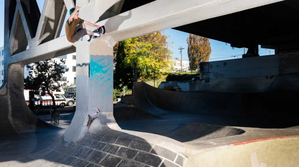 New Ben Raybourn Burnside footy? What else is he gonna do after this? Frontside wallride. Thrasher, 2014.