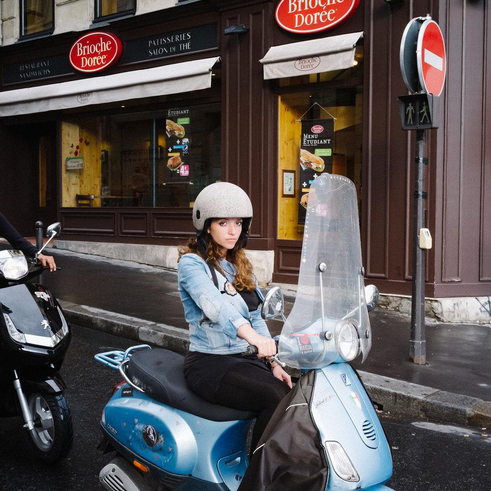 03-paris-street-DSCF2029-pete-carr.jpg