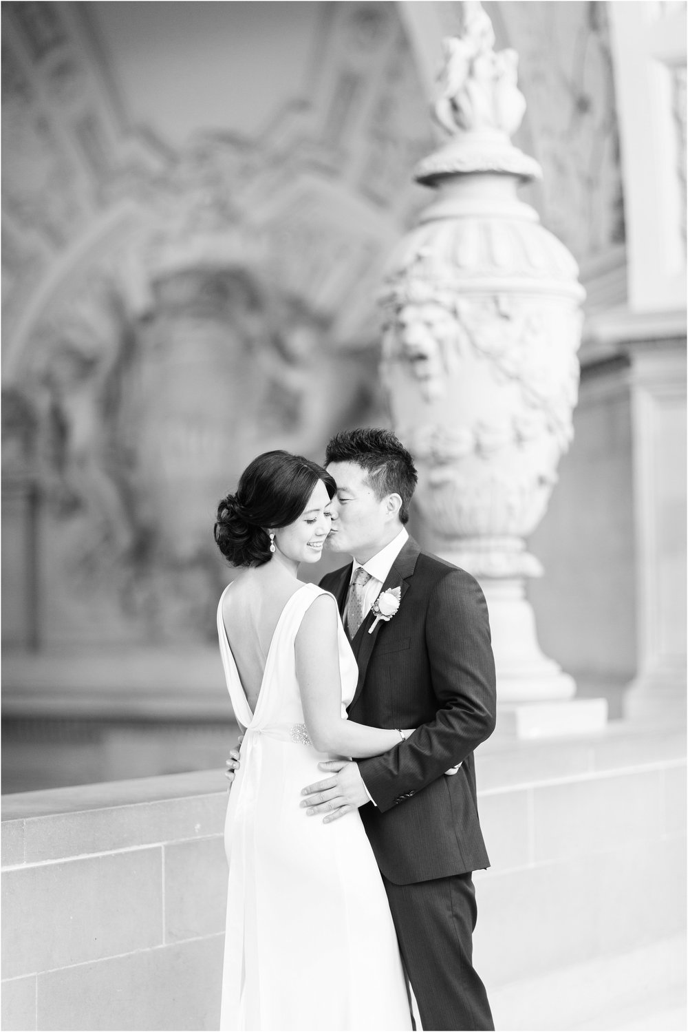 San_Francisco_City_Hall_Wedding-09.jpg