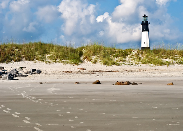 tybee%20lighthouse%20footprints%205x7%20web.jpg