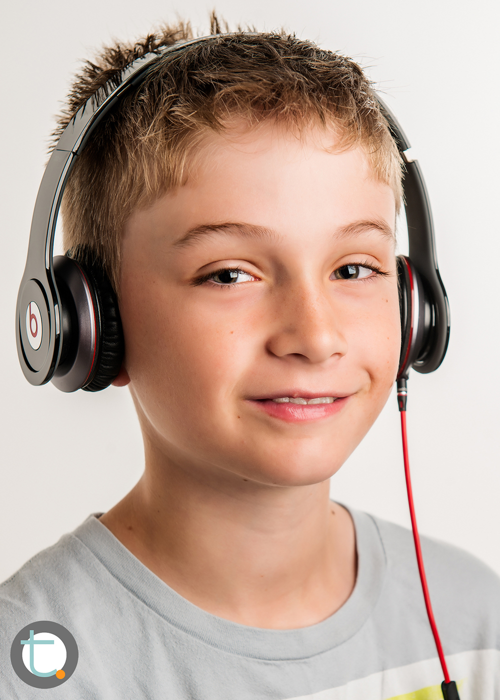 studio_kid_headphones_tracyallynphotography_tween_beats_006.jpg