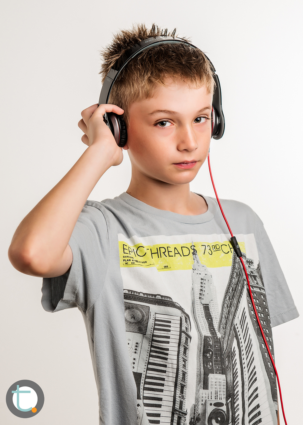 studio_kid_headphones_tracyallynphotography_tween_beats_005.jpg