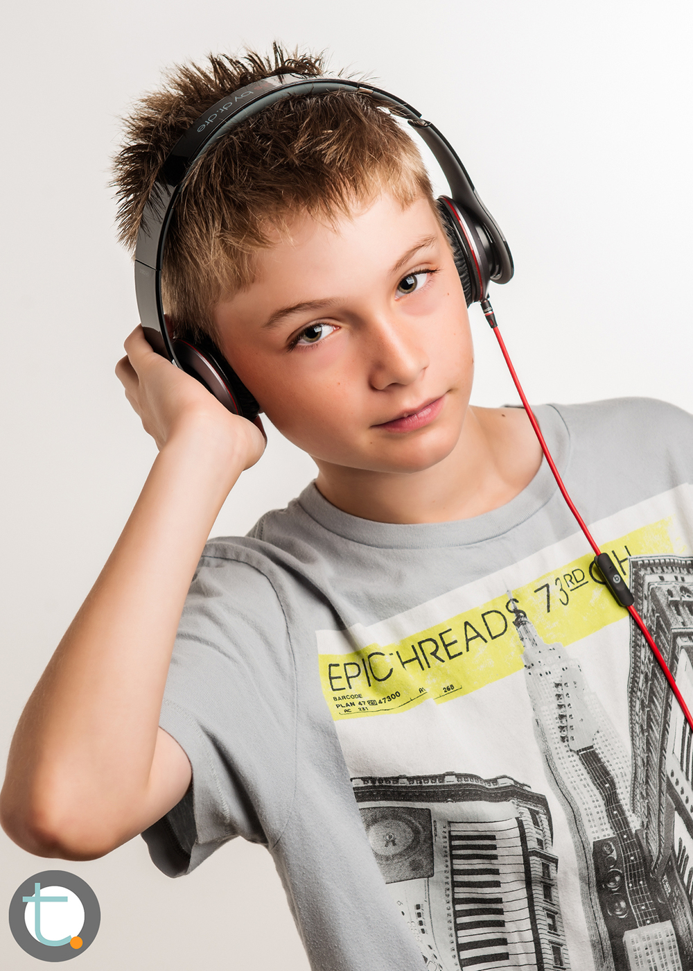 studio_kid_headphones_tracyallynphotography_tween_beats_007.jpg