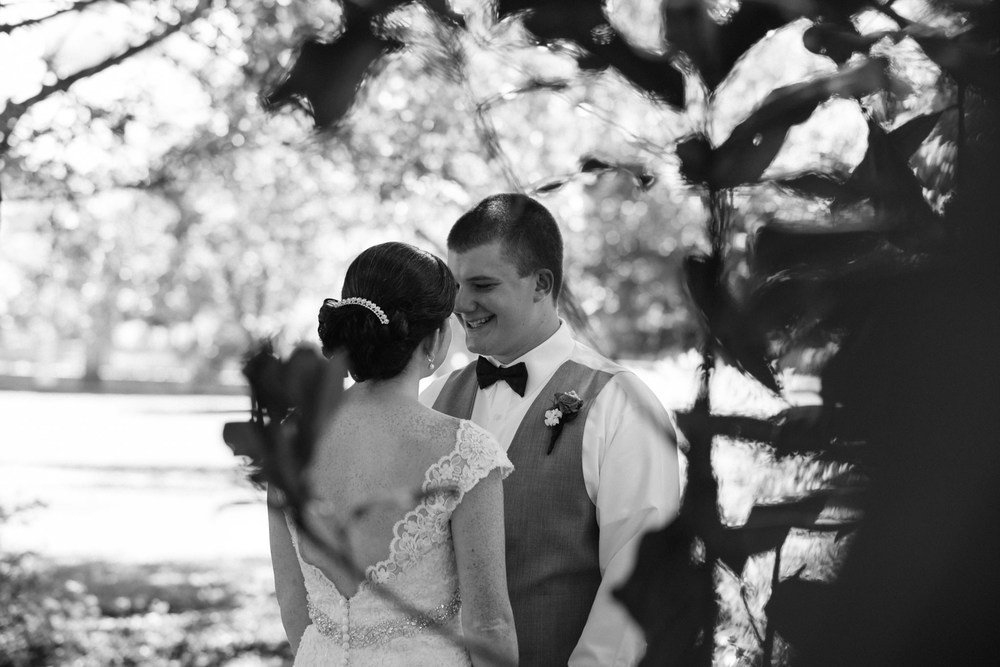 Jennifer&Drew_Wedding_Blog_015.jpg