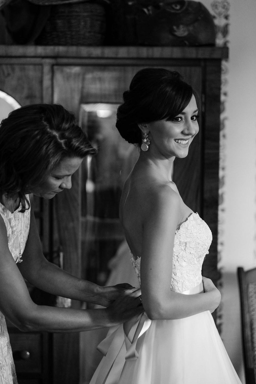 Amanda&Dustin_wedding_Blog_0024.jpg