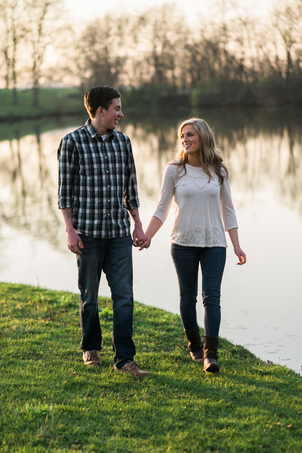 Julia&Cameron_ Engagement_Blog_0016.jpg