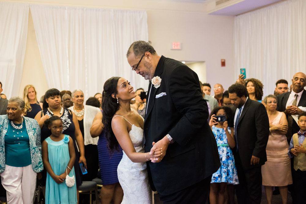 Amanda&Alan_Wedding_Blog_0075.jpg
