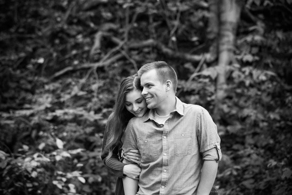 Emily&Daniel_Engagement_Blog_0005.jpg