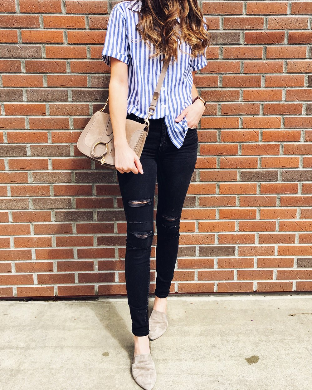 Velvet by Graham & Spencer Top  |  Abercrombie Jeans  |  Vince Slides  |  See by Chloe Bag