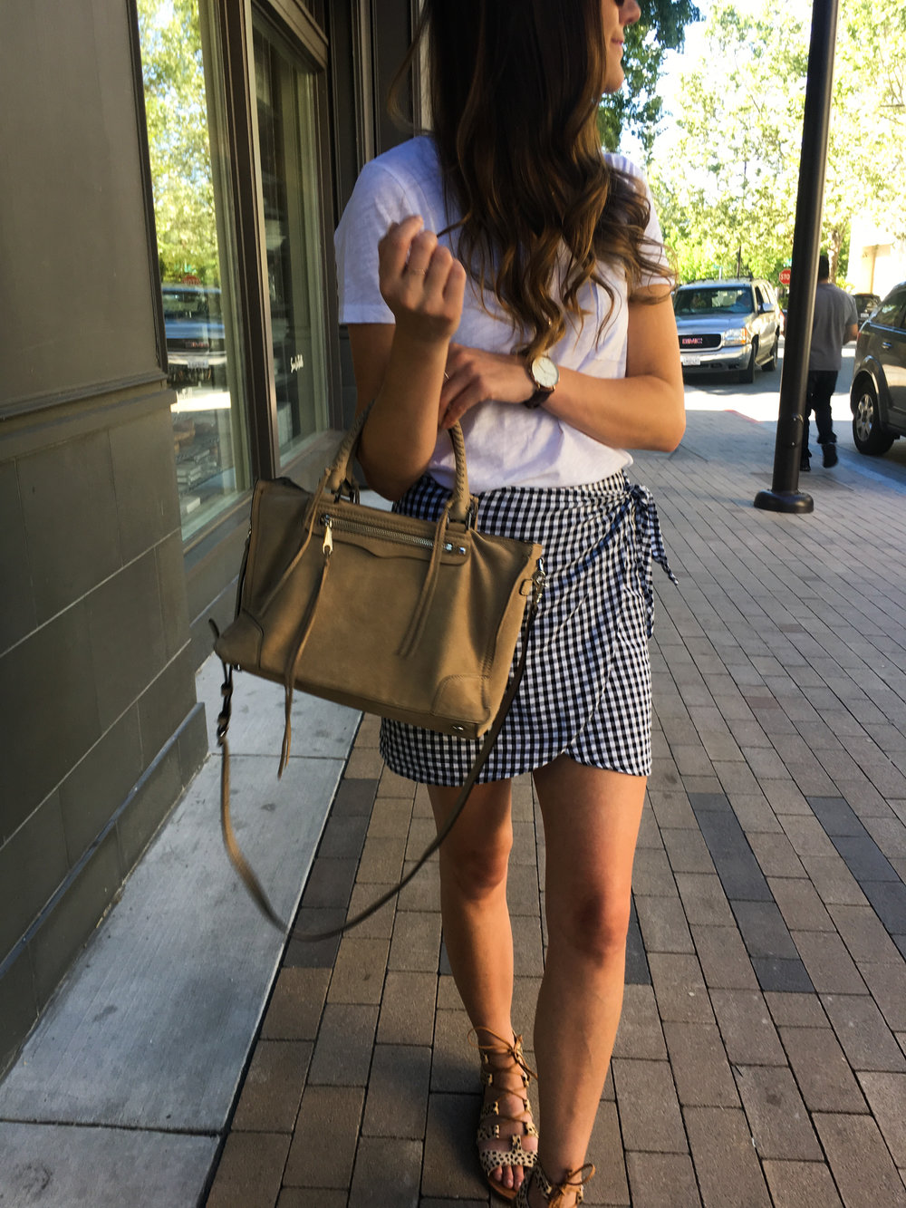 Gingham side tie skirt for summer