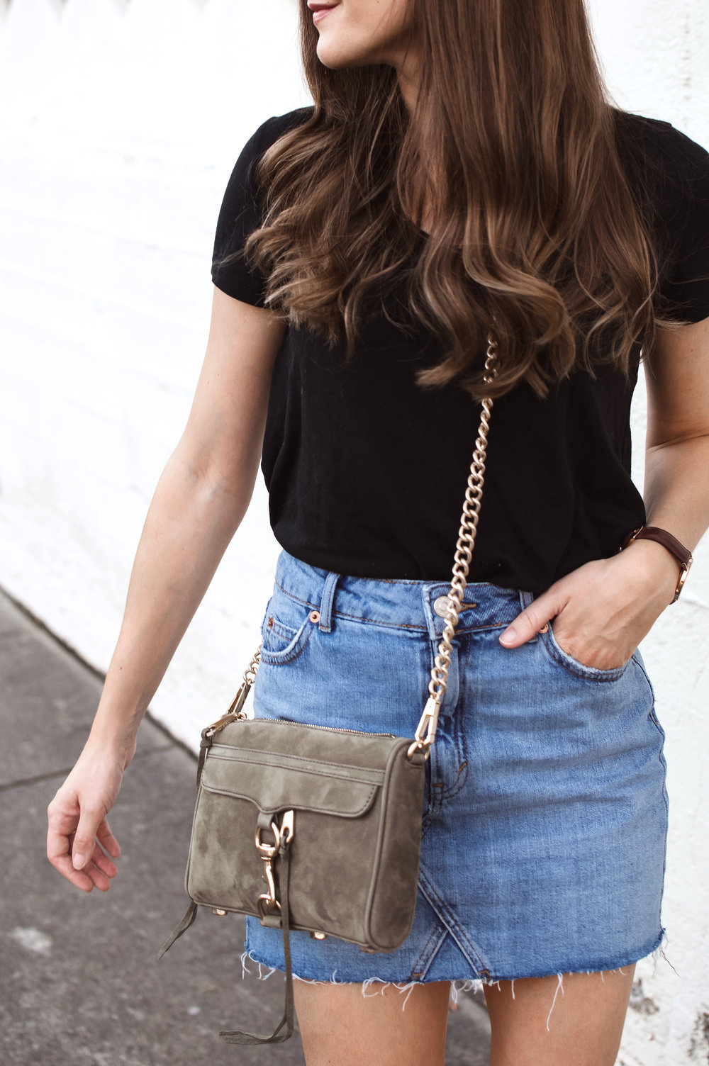 olive crossbody outfit
