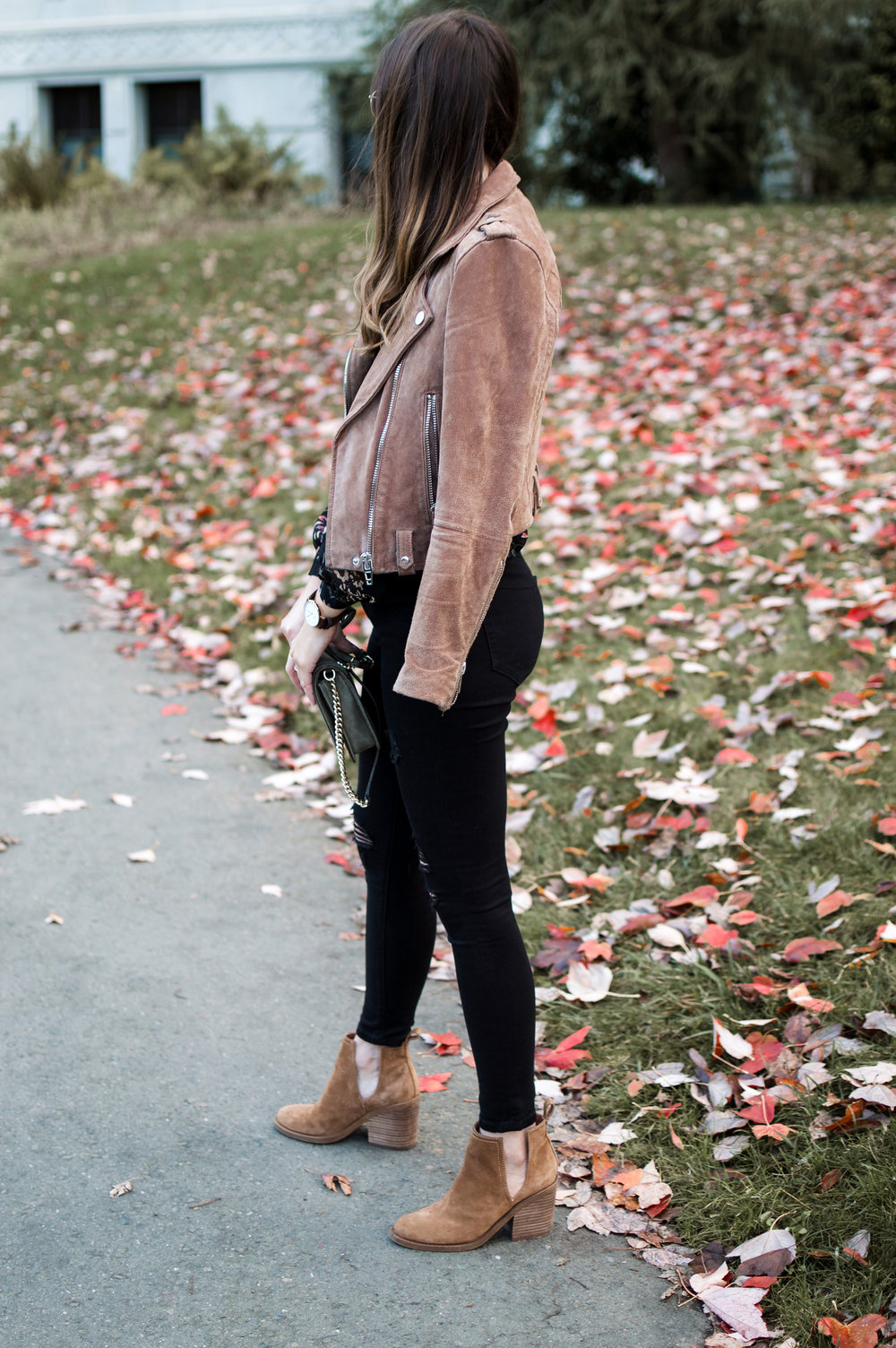 suede moto jacket outfit