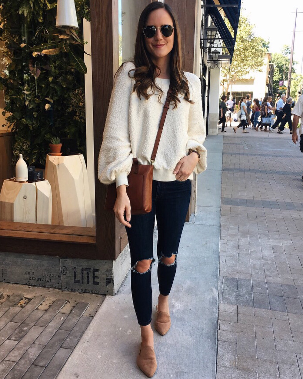 Shop the Look Below.  Free People Pullover  |  Free People Jeans  |  Madewell Tote  |  Ray-Ban Sunglasses