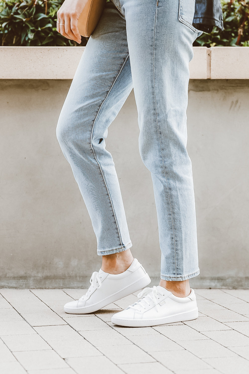 jeans and white sneaker style