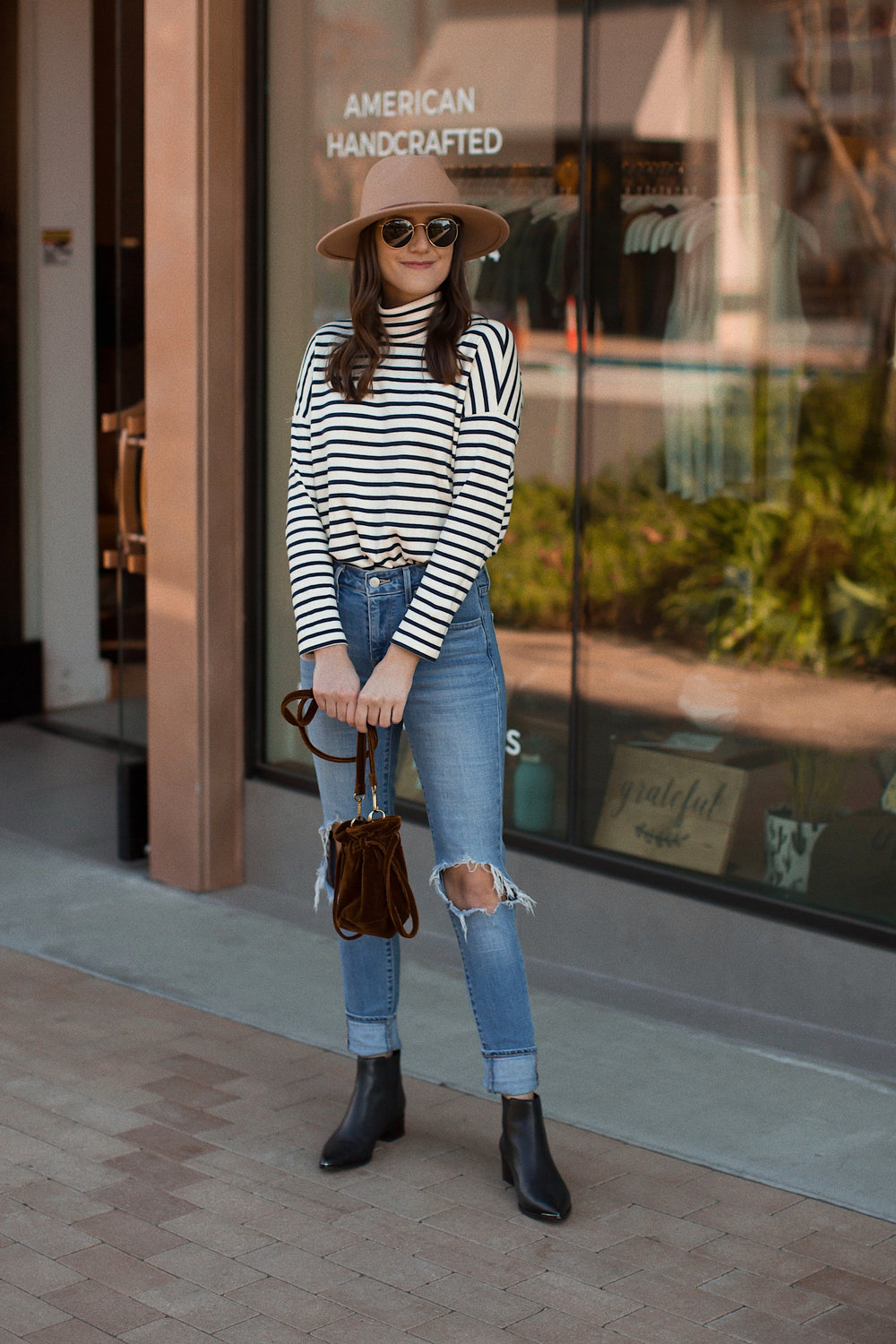 How to Wear a Striped Turtleneck | www.girlmeetsgold.com