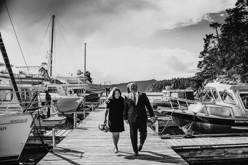 Pender Island wedding photographer - Amber Briglio Photography 18.jpg