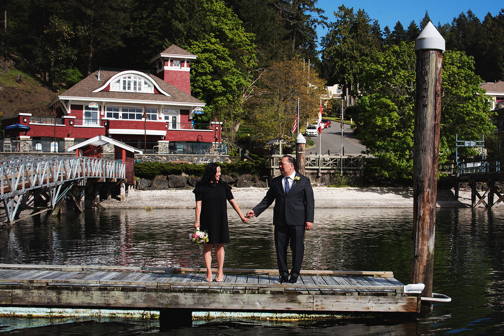 Pender Island wedding photographer - Amber Briglio Photography 19.jpg
