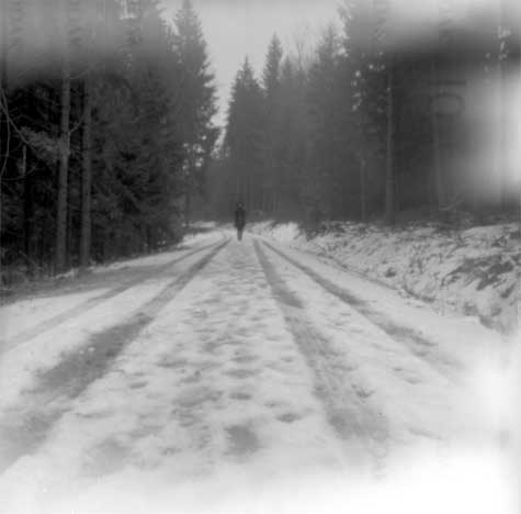 """HY on snowy road, Oberkappel"""