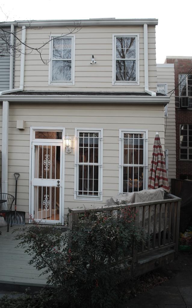 Rear facade prior to renovation