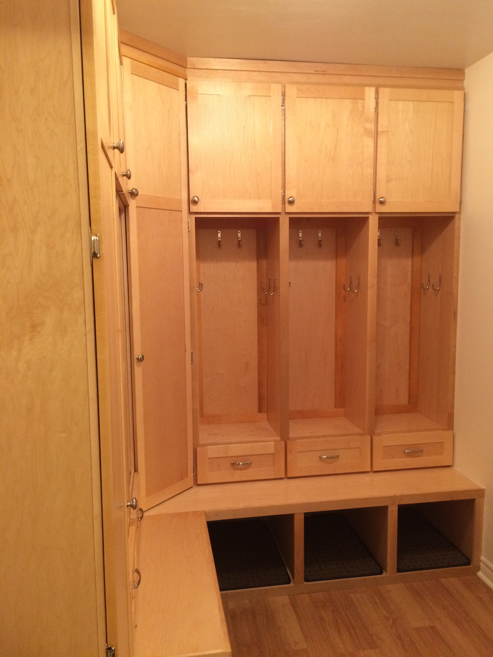 woodmount mudroom