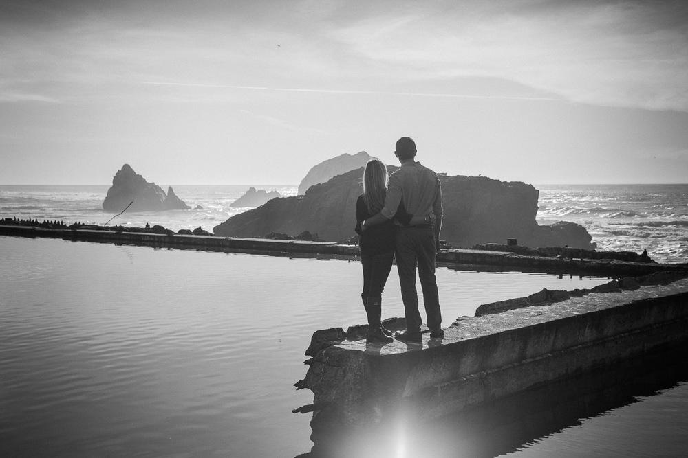 Engagementshoot.SutroBath.Sanfranciscoweddingphotography.emilymerrill.0009.jpg