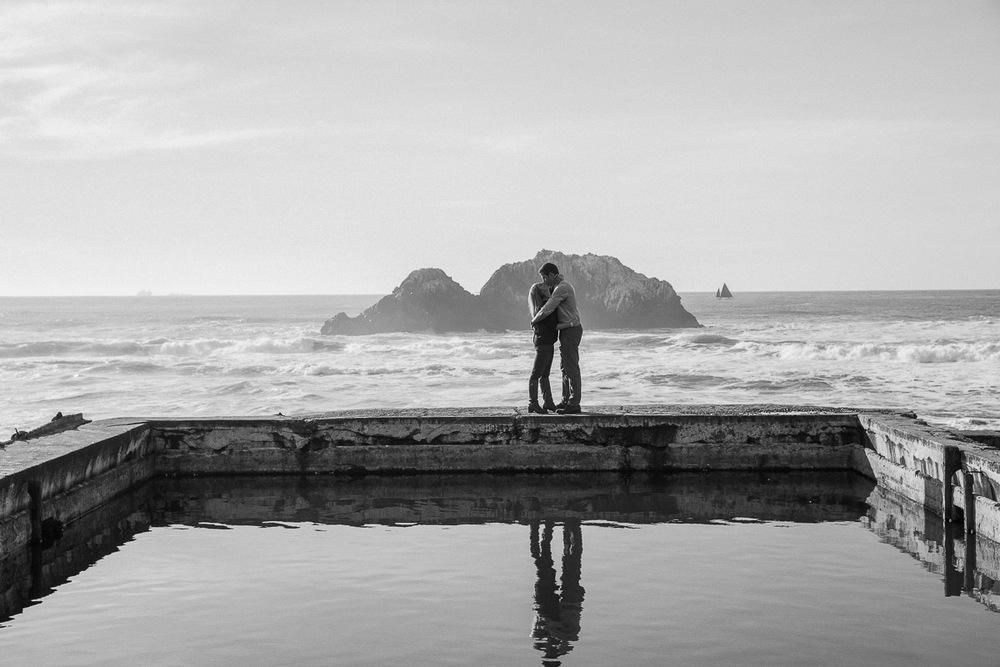 Engagementshoot.SutroBath.Sanfranciscoweddingphotography.emilymerrill.0007.jpg