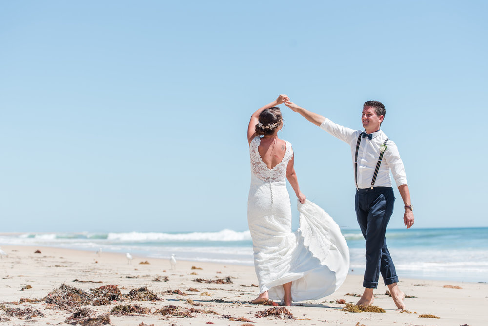 Bride and Groom Melros Beach Dawesville