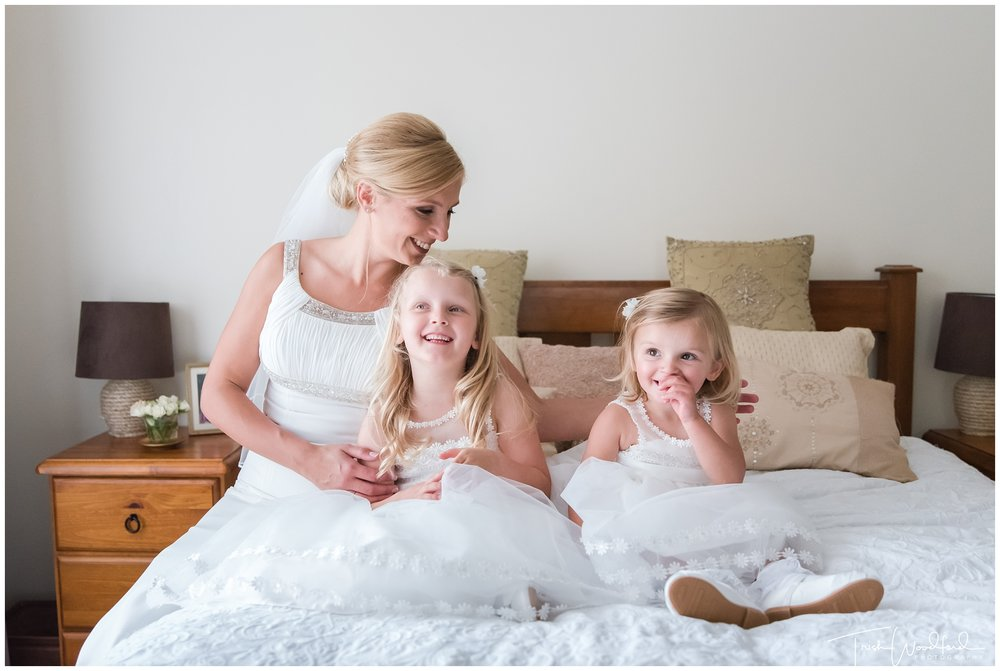 Perth Wedding Photography Bride Flowergirls