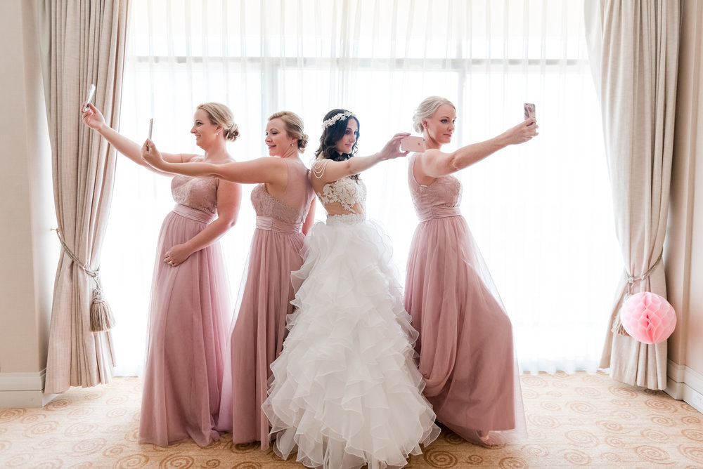 Perth Bride and Bridesmaid Selfie