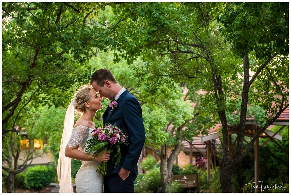 Bride & Groom Araluen Golf Course